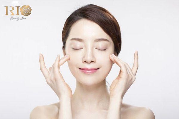 Chăm sóc da mặt chuyên sâu có gì khác biệt với phương pháp thông thường